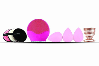 Discounted silicone facial cleaning brush