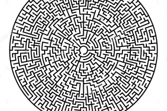 What is the difference between a Maze and a Labryinth